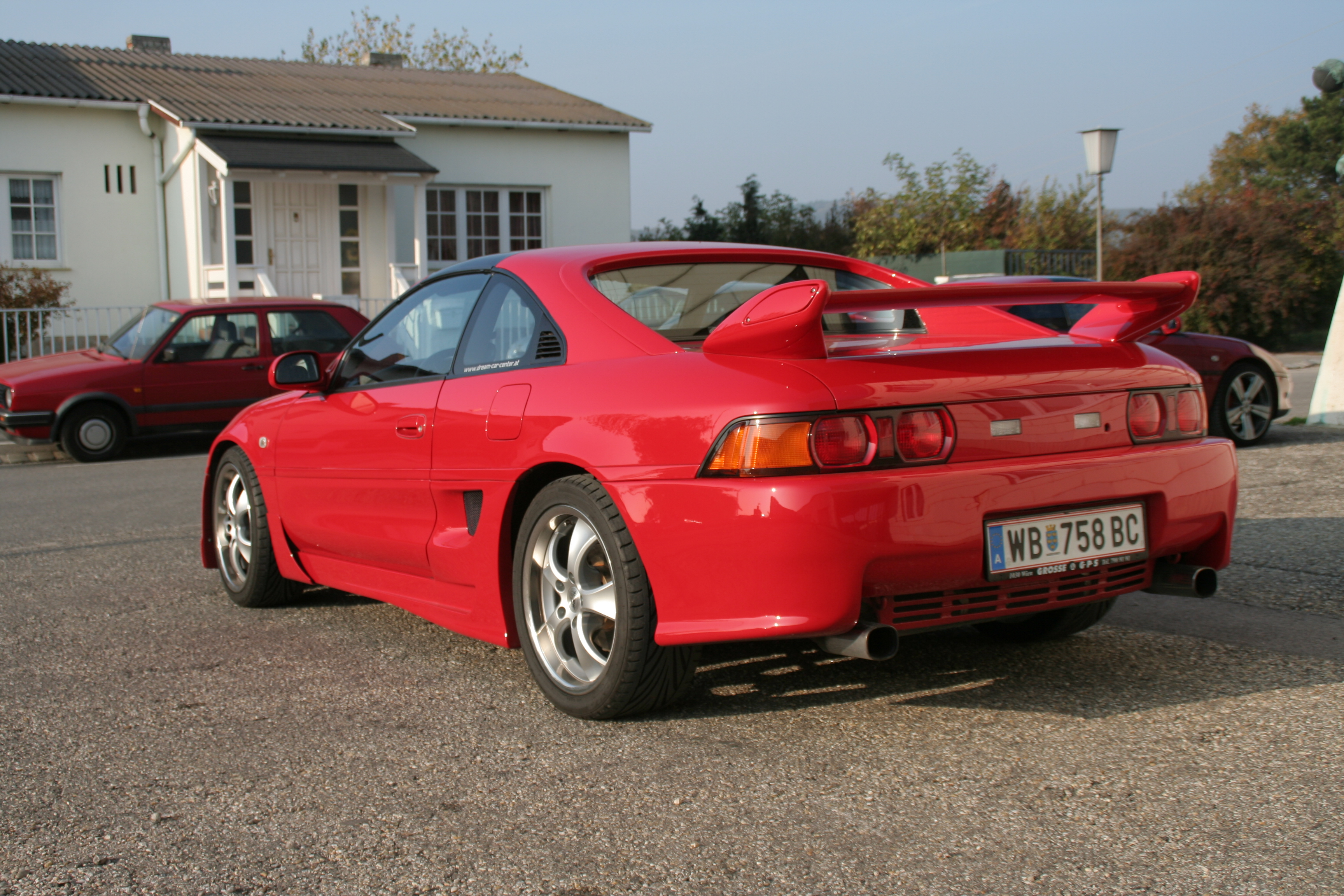 Stolzi's awesome MR2 SW20 rear side
