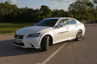 Lexus GS 450h and Toyota GT86